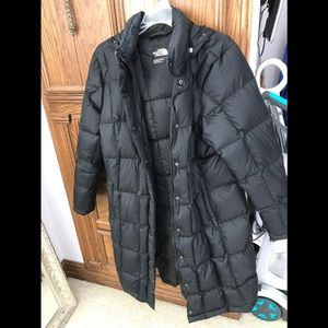 Women's Long Northface Puffer Jacket - Black XL
